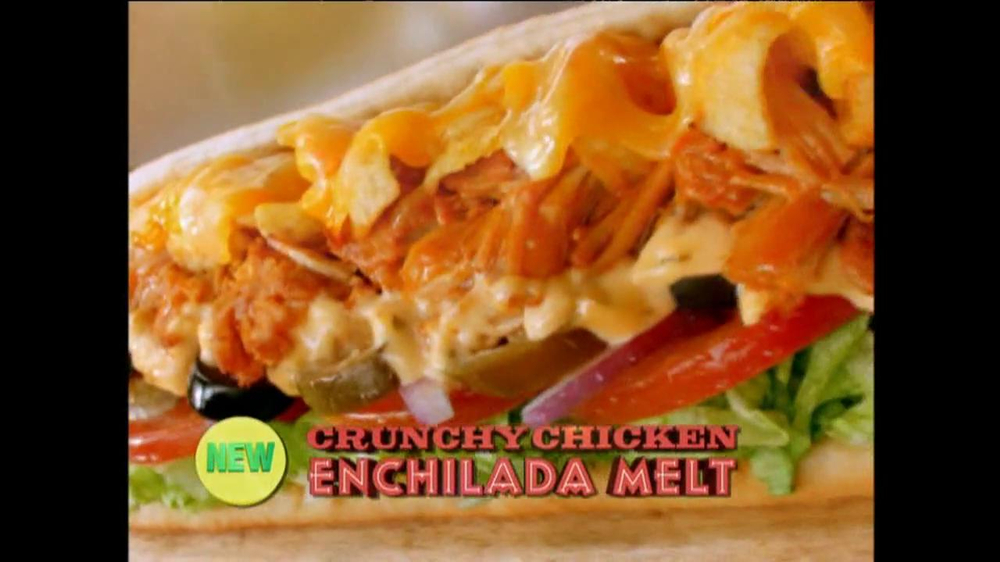 Subway Crunchy Chicken Enchilada Melt TV Spot, 'Muy Bueno' - Screenshot 8