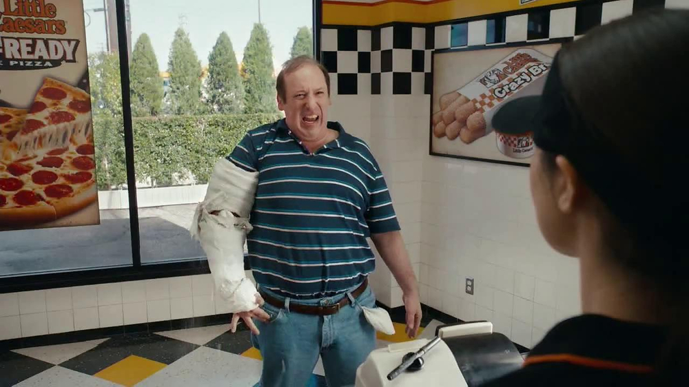 Little Caesars Hot-N-Ready Pizza TV Spot, 'Cast' - Screenshot 2