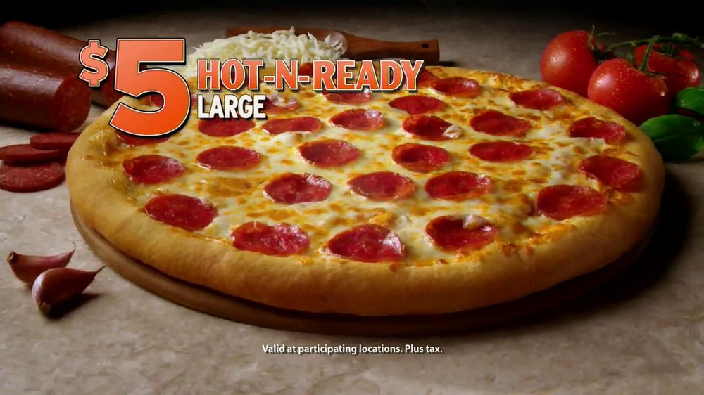 Little Caesars Hot-N-Ready Pizza TV Spot, 'Cast' - Screenshot 4