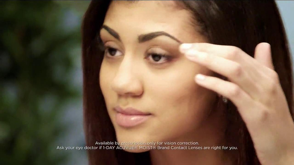 ACUVUE Moist TV Spot Featuring Shay Mitchell - Screenshot 5