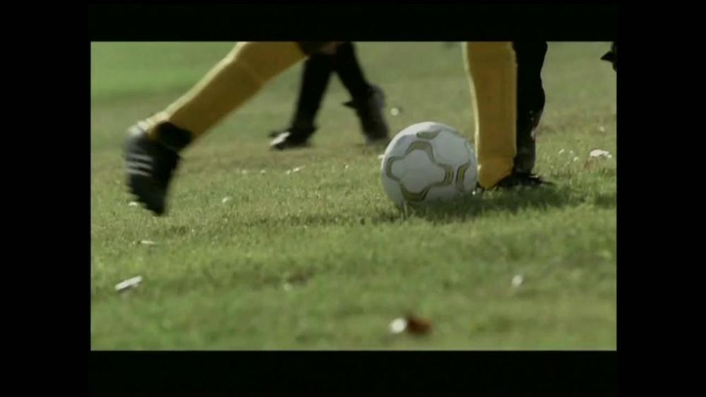 La Fundación para una Vida Mejor TV Spot, 'La Oportunidad' [Spanish] - Screenshot 5