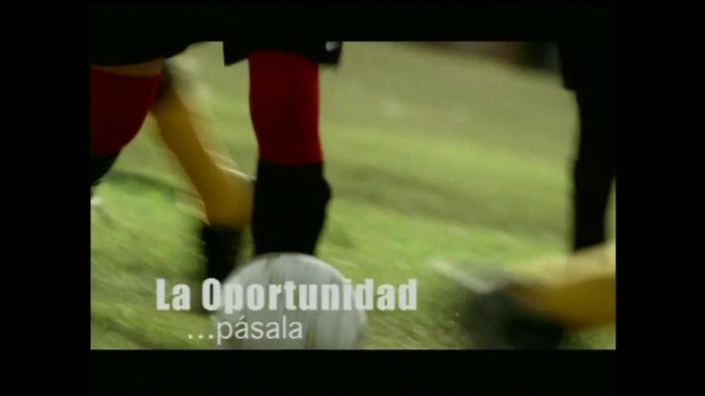 La Fundación para una Vida Mejor TV Spot, 'La Oportunidad' [Spanish] - Screenshot 9
