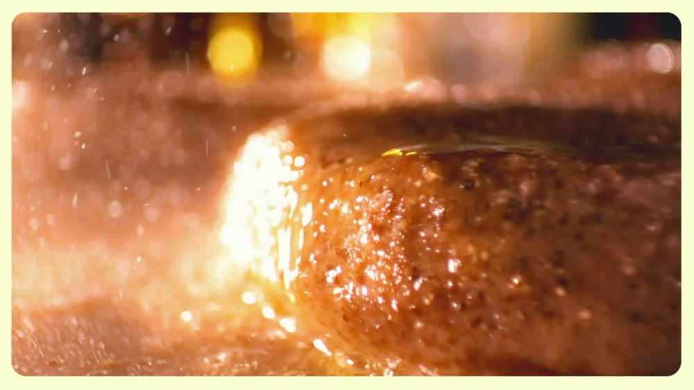 Chili's Steak Lovers Special TV Spot - Screenshot 1