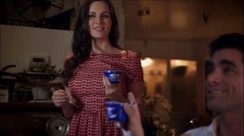 Oikos TV Spot, 'Argument' Featuring John Stamos - Thumbnail 7