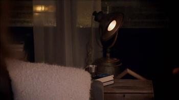 Oikos TV Spot, 'Argument' Featuring John Stamos - Thumbnail 8
