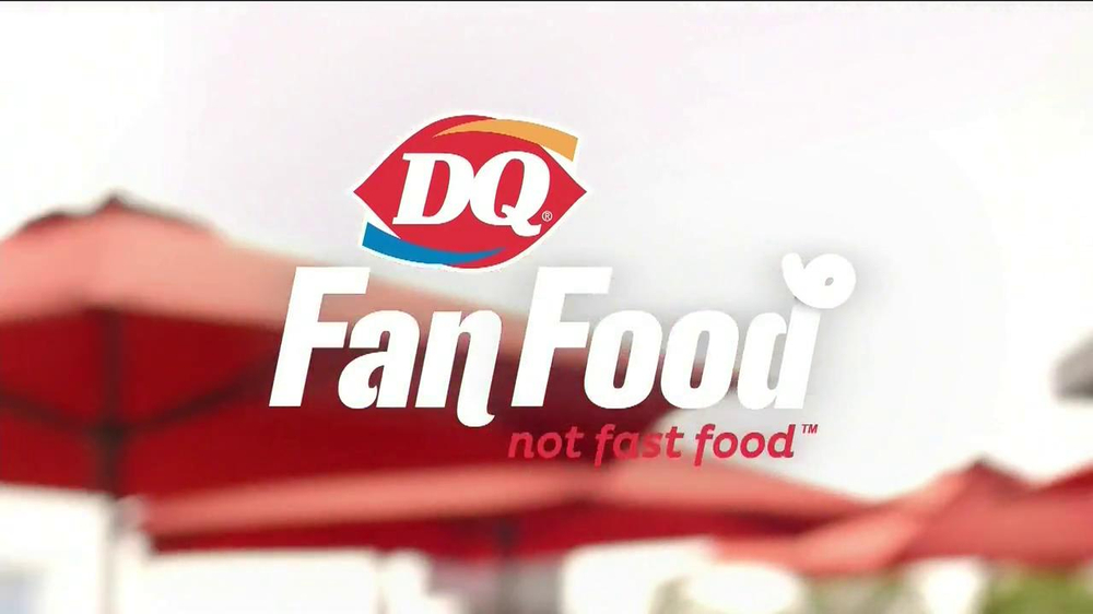 Dairy Queen TV Spot, 'Fan Foods: 5 Buck Lunch' - Screenshot 1