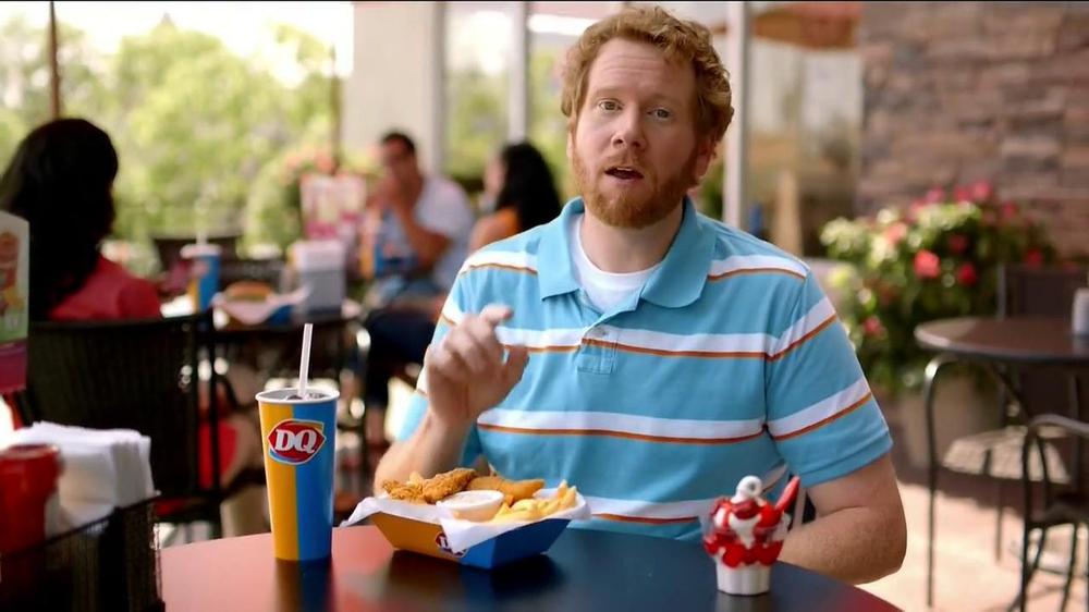 Dairy Queen TV Spot, 'Fan Foods: 5 Buck Lunch' - Screenshot 2