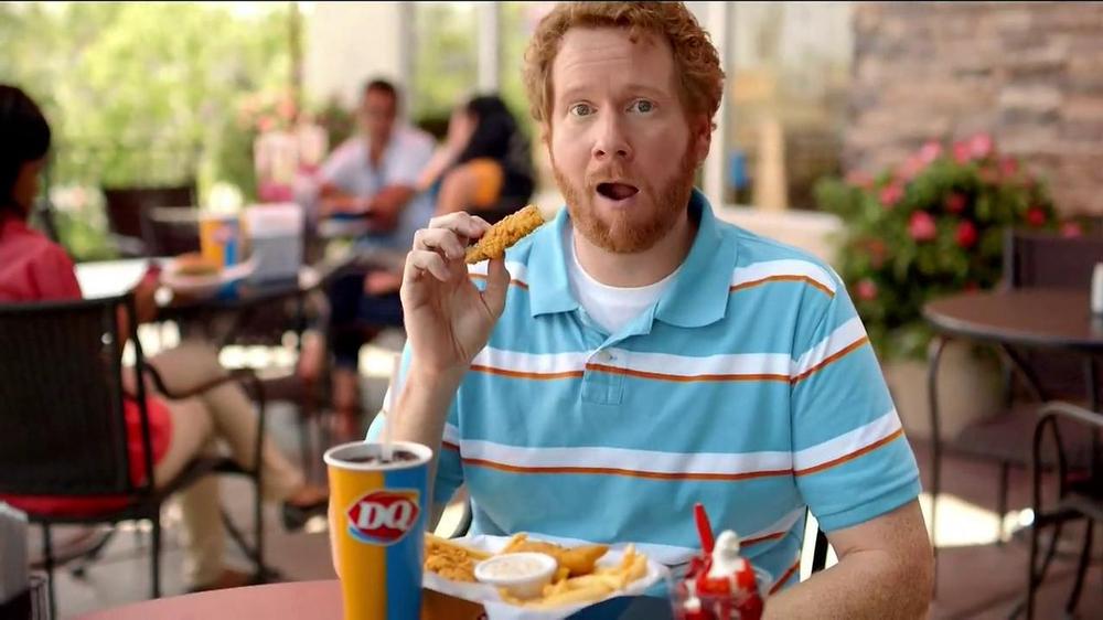 Dairy Queen TV Spot, 'Fan Foods: 5 Buck Lunch' - Screenshot 8