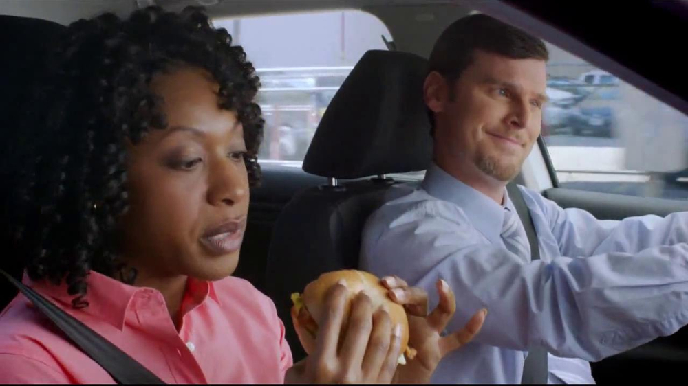 Dunkin' Donuts Hot & Spicy Sandwich TV Spot - Screenshot 4