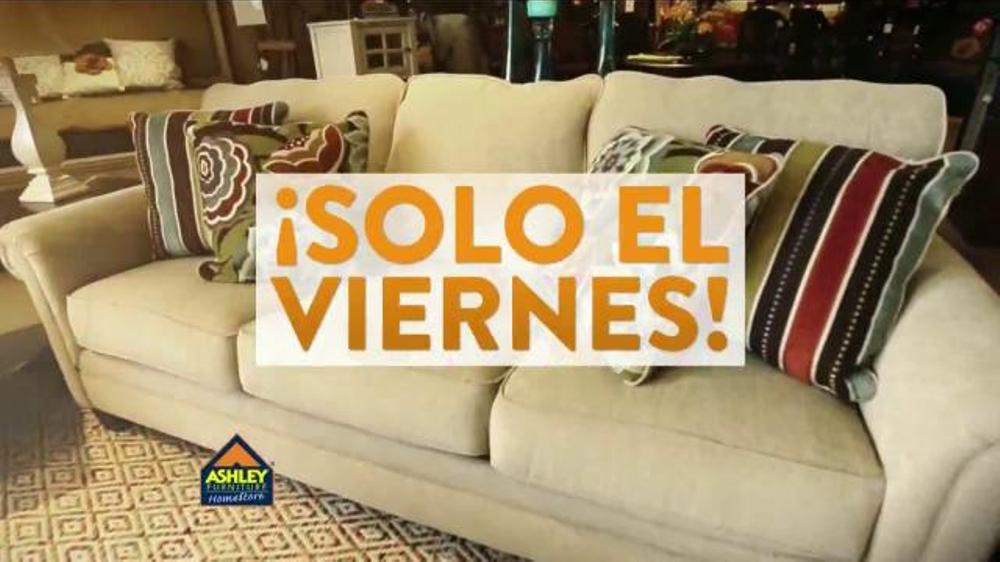 Ashley Furniture Homestore Tv Spot 39 H Gase Un Regalo 39 Spanish