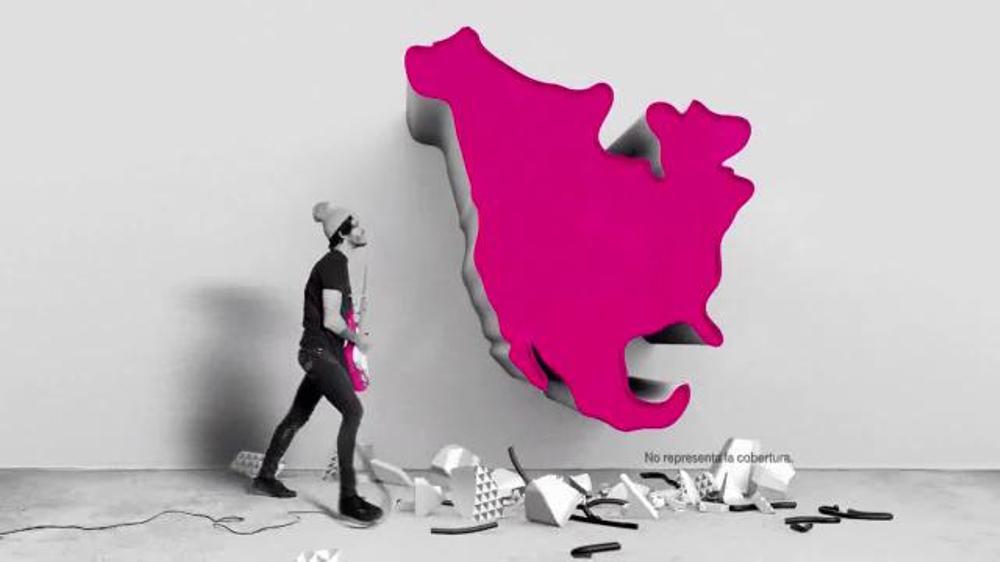 T-Mobile TV Spot, 'Traspasamos las fronteras con México & Canadá' [Spanish] thumbnail