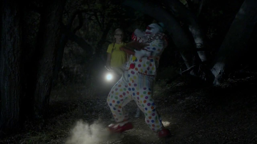 Little Caesars Pizza TV Spot, 'Deranged Clown' - Screenshot 4