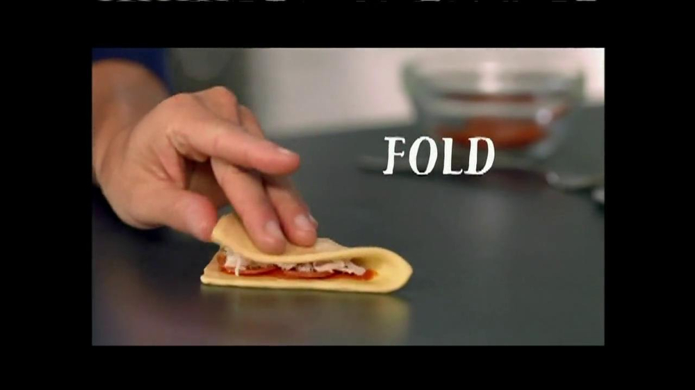 Pillsbury Crescents TV Spot, 'Crescent Pizza Pocket' - Screenshot 5