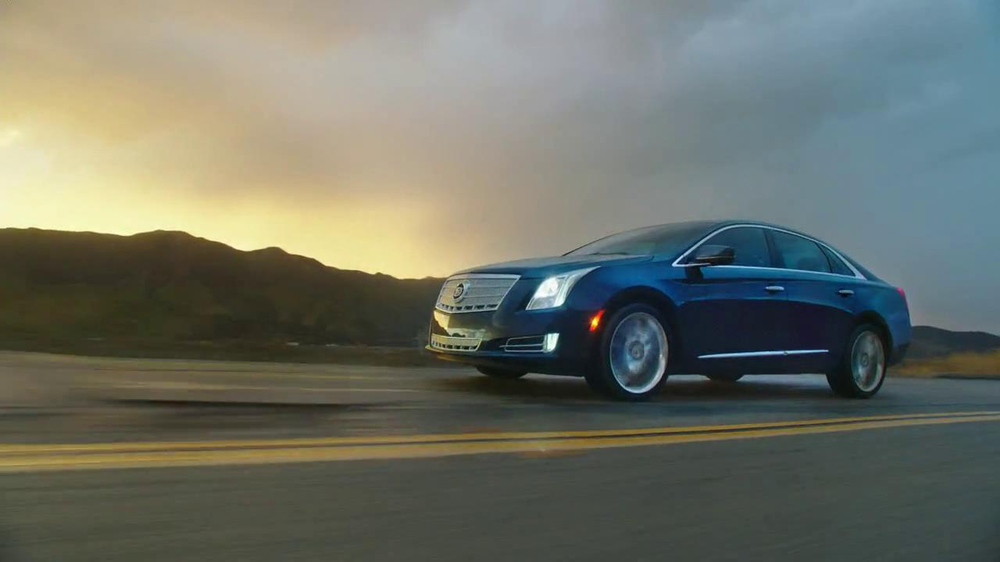 Cadillac XTS TV Spot, 'Night Out' Song by Victory  - Screenshot 8