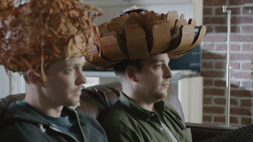 Outback Steakhouse TV Spot, 'Free Bloomin' Onion or Coconut Shrimp' - Screenshot 3