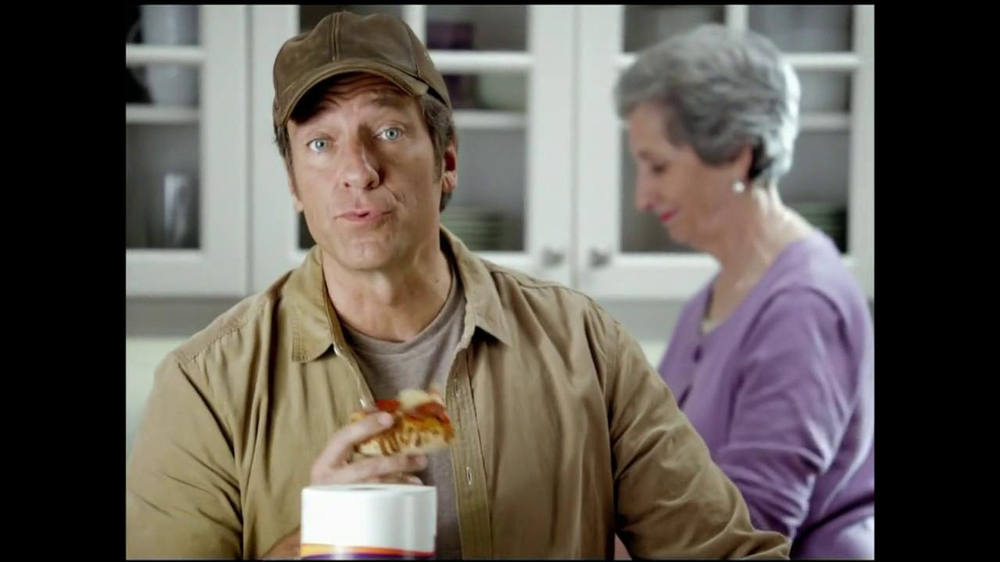 Viva Towels Tough When Wet TV Spot, 'Kitchen' Featuring Mike Rowe - Screenshot 3