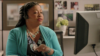 Discover Card TV Spot, 'Talk to a Real Person' - Thumbnail 5