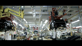 2013 Land Rover Evoque TV Spot, 'Something Remarkable'