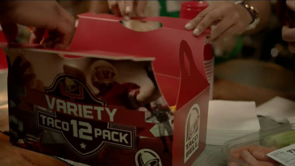 Taco Bell Variety 12 Pack TV Spot, 'Veggies' - Screenshot 4