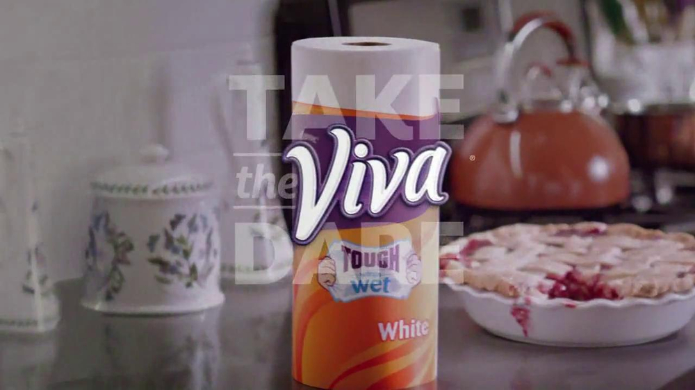 Viva Towels TV Spot, 'Viva Dare: Oven' Featuring Mike Rowe - Screenshot 9