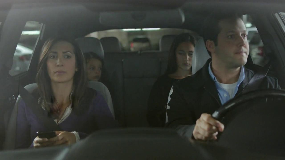 2014 Kia Sorento TV Spot, 'Parking Spot: Like a Glove' Song by Bobby Day - Screenshot 1