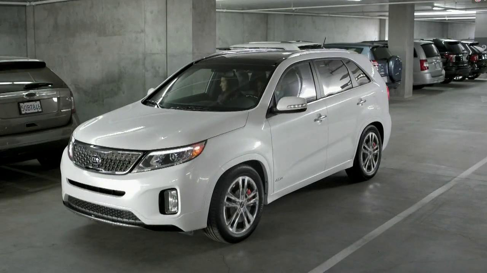 2014 Kia Sorento TV Spot, 'Parking Spot: Like a Glove' Song by Bobby Day - Screenshot 2
