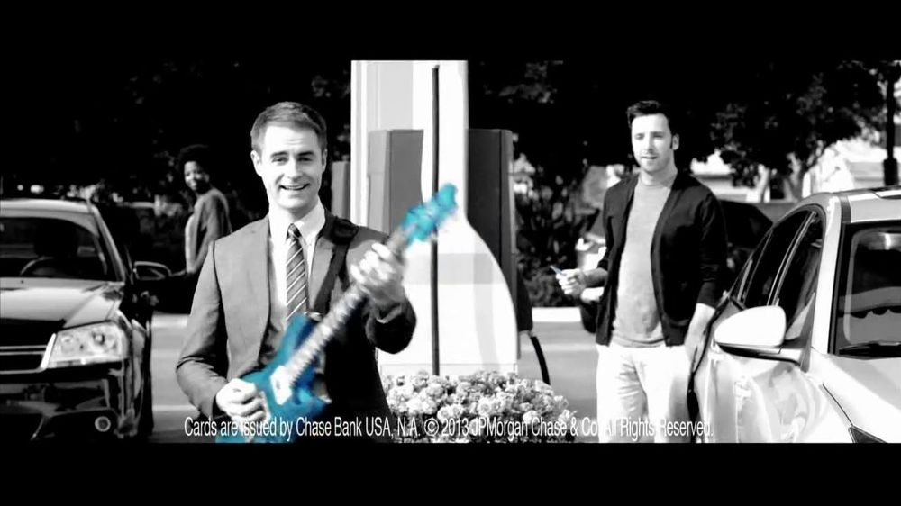 Chase Freedom TV Spot, '5% Back on Gas' Original Song by Kenny Loggins - Screenshot 5