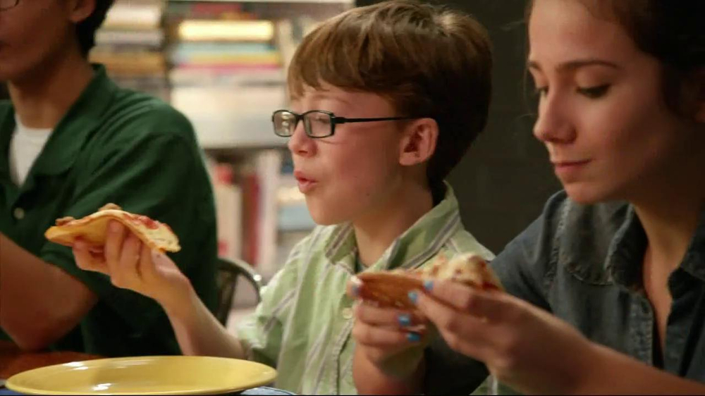 Papa Murphy's $5 Faves Pizza TV Spot  - Screenshot 1