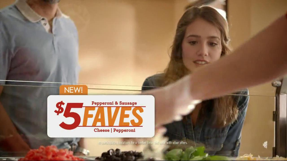 Papa Murphy's $5 Faves Pizza TV Spot  - Screenshot 5