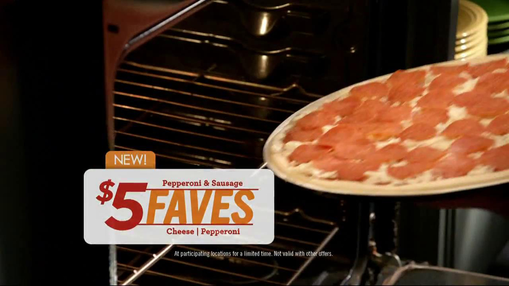 Papa Murphy's $5 Faves Pizza TV Spot  - Screenshot 6