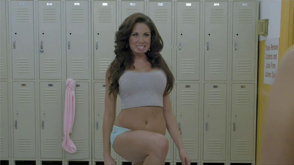 Planet Fitness TV Spot, 'Hot' - Screenshot 3