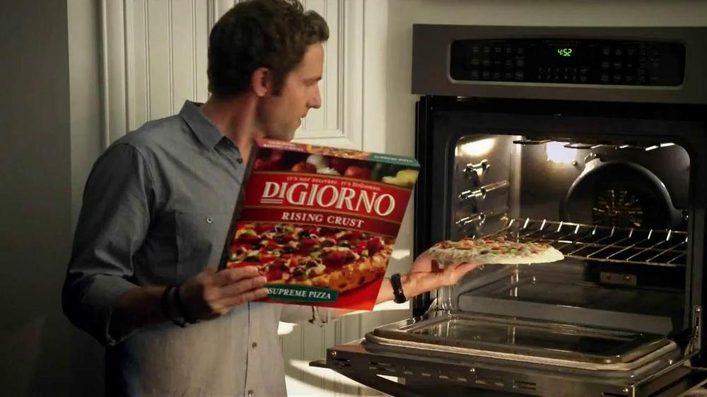 DiGiorno Supreme TV Spot, 'DiGiorno or Delivery'