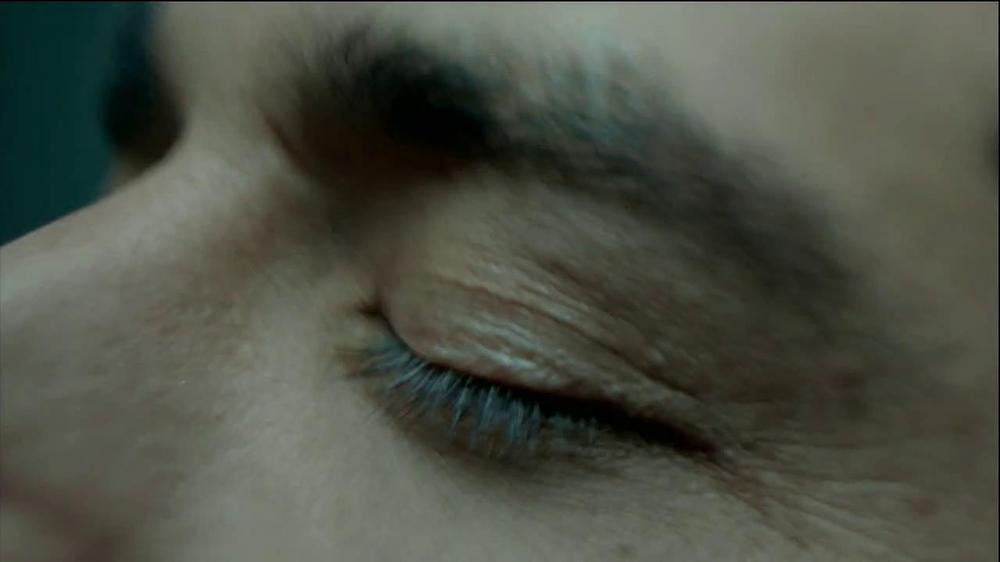 HTC Droid DNA TV Spot, 'Upgrades' Song by Dark Model - Screenshot 3