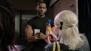 International Delight Hazelnut TV Spot, 'Bouncer' - Thumbnail 4