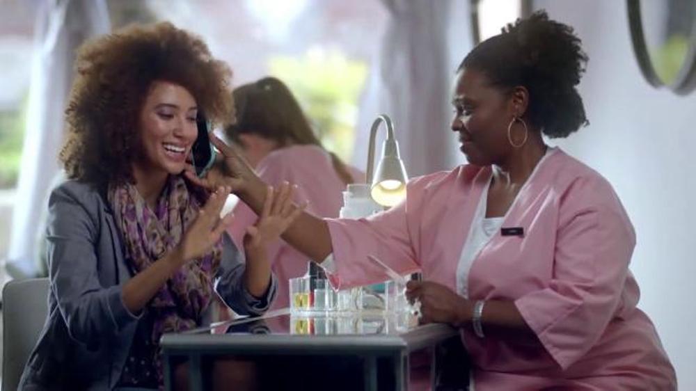 Xfinity Movers Edge TV Spot, 'Who Needs Friends?' thumbnail