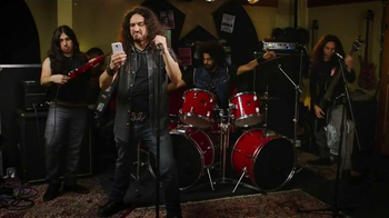 Virgin Mobile Galaxy S5 TV Spot, 'Metal Band' - Thumbnail 1