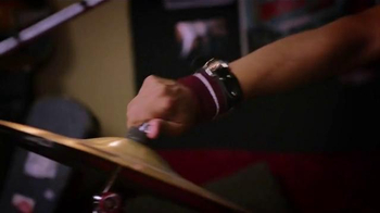 Virgin Mobile Galaxy S5 TV Spot, 'Metal Band' - Thumbnail 2
