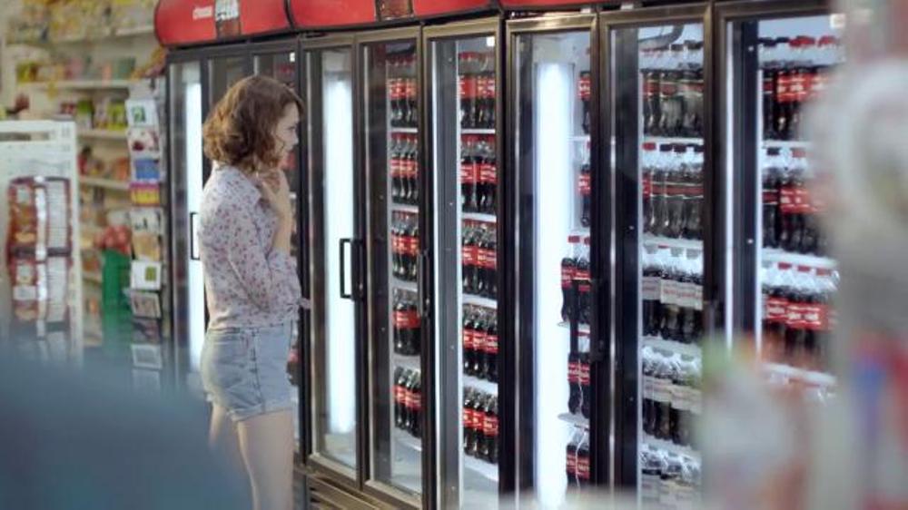 Coca-Cola TV Spot, 'Share a Coke' Song by Trimountaine - Screenshot 1