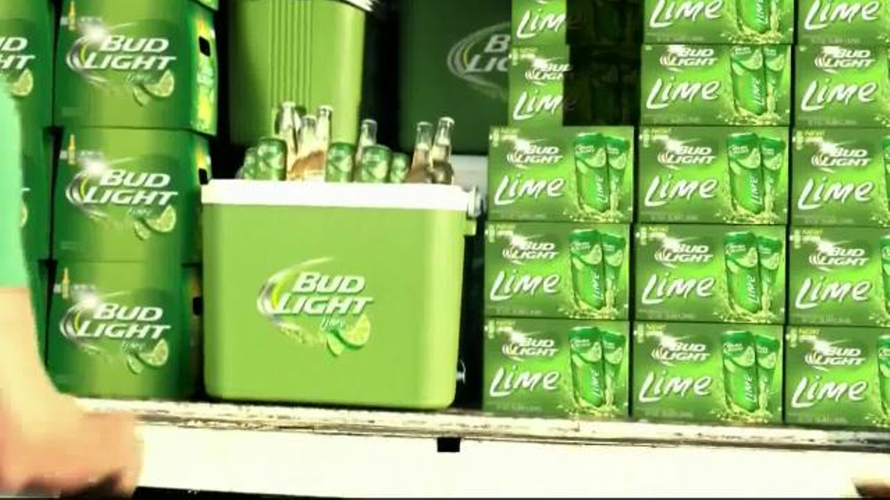 Bud Light Lime TV Spot, 'Block Party Slip 'n' Slide' - Screenshot 2