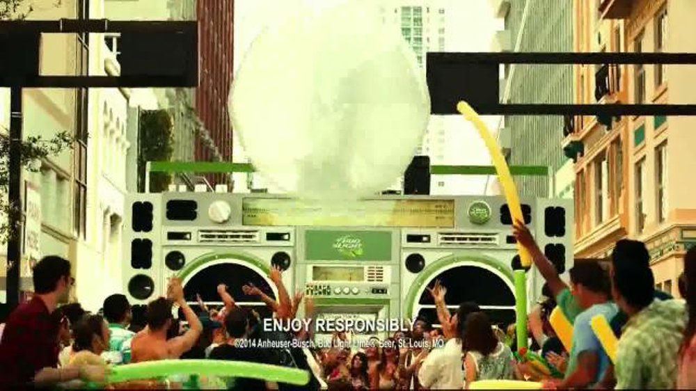 Bud Light Lime TV Spot, 'Block Party Slip 'n' Slide' - Screenshot 5