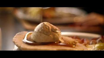 Denny's Pumpkin Pancakes Breakfast TV Spot, 'Pumpkin Season'