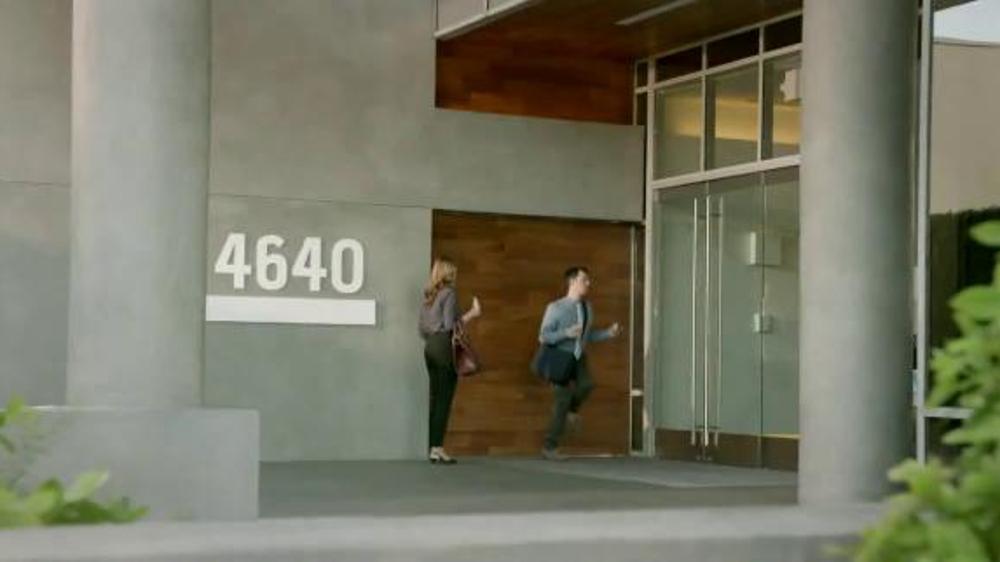 Taco Bell A.M. Crunchwrap TV Spot, 'Keycard'