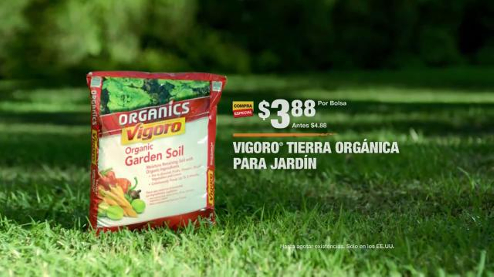 The home depot tv spot 39 la nueva generaci n en jardiner a for Home depot jardineria