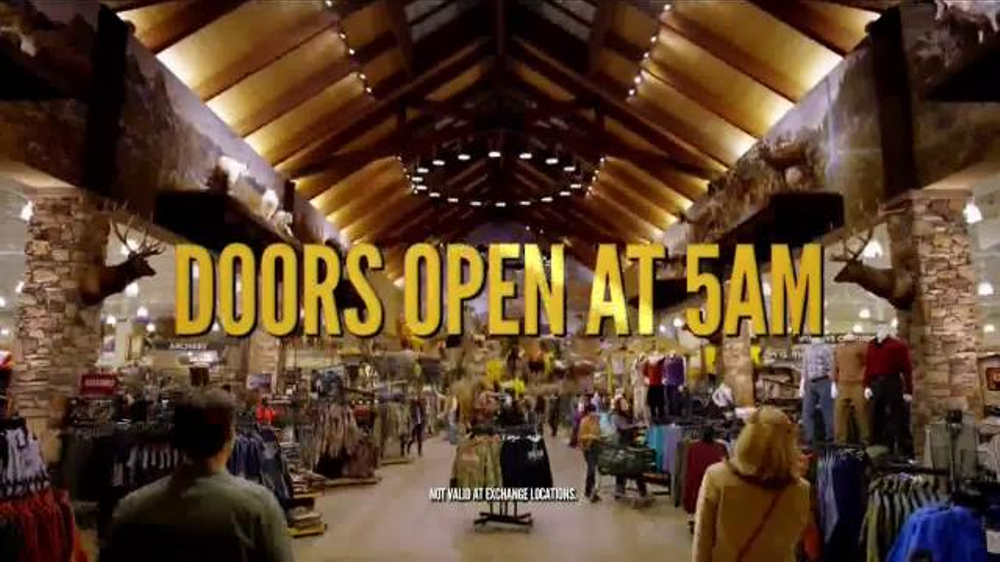 Cabelas Hours. Cabelas Hours: Weekdays: The majority of the stores are open Monday through Friday 8am to 9pm, local time. The store hours vary by location. Thanksgiving Day; Cabela's Special Event Hours. When you locate a store, you will notice a calendar of special events [+]. Contact your local store or the customer service.