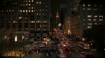 Microsoft: Microsoft Spreads the Spirit of the Season on 5th Ave