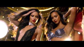 Victoria's Secret: Holiday 2016: A Night at the Opera