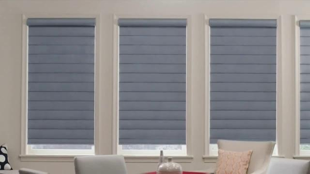 Hunter douglas powerview motorization tv spot 39 motorized shades 39 for Hunter douglas exterior sun shades