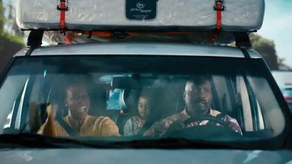 Serta Benson Mattress Big Lots TV Spot, 'Gettin' It' - Screenshot 3