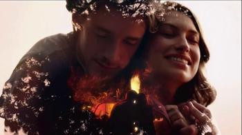 Glade Apple Cinnamon TV Spot, 'Feel Warm Inside' Song by Nina Simone