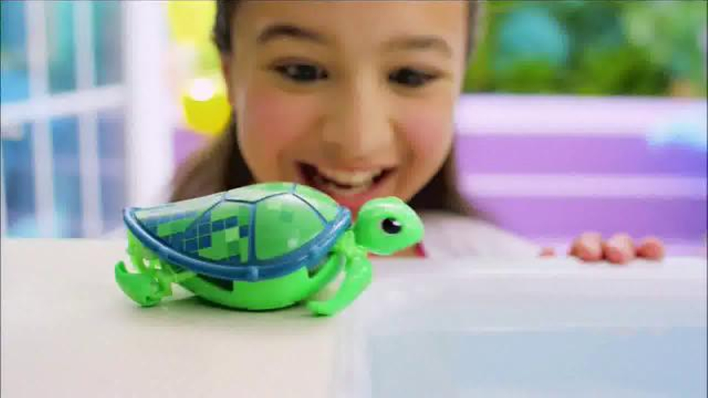 Little Turtle Pets : Little Live Pets Little Turtles TV Spot, Disney Channel - Screensho...
